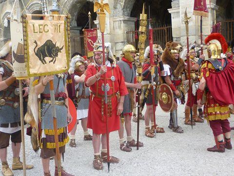 Tourisme aux environs de Val Baussenc : les Jeux romains à Nîmes dans les arènes de Nîmes